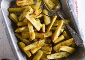 Roast parsnips with maple syrup & rosemary