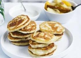 Ricotta pancakes with winter fruit compote & vanilla yogurt